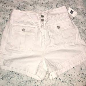 White gap jean short